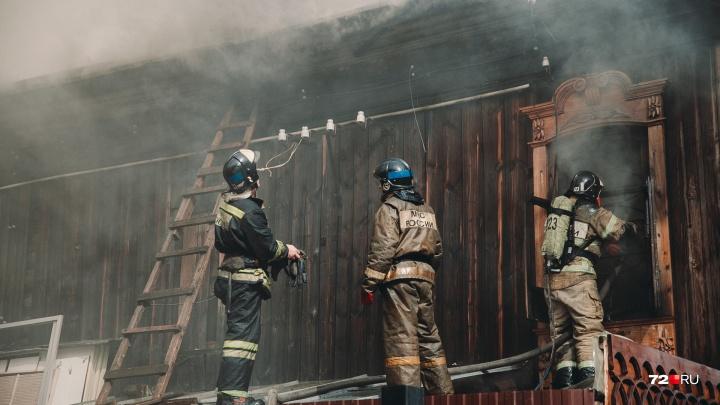Дознаватели озвучили предварительную причину пожара в мастерской реставратора Вадима Шитова
