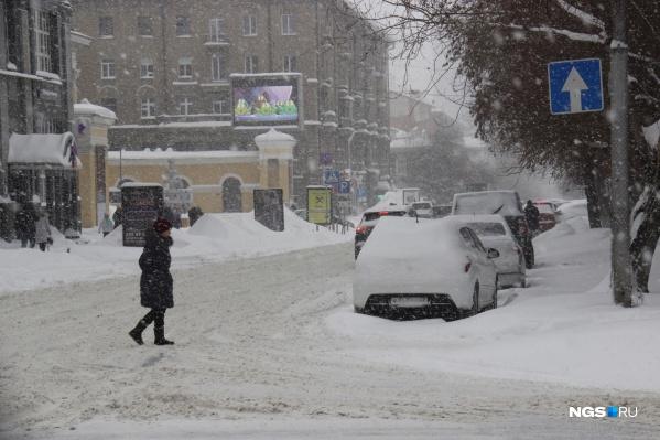 На вывоз снега начали тратить дополнительные средства
