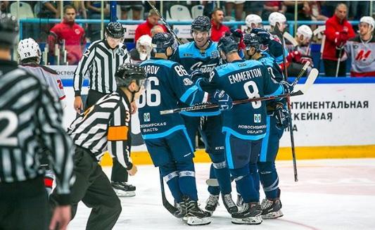 Хоккей: «Сибирь» одолела новокузнецкий «Металлург» с перевесом в одну шайбу