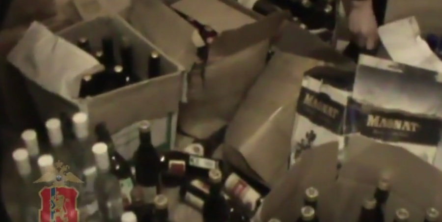 ВКрасноярске осудили мужчину запроизводство контрафактного алкоголя