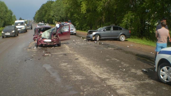 В Уфе пьяный водитель спровоцировал ДТП, пострадала двухлетняя малышка