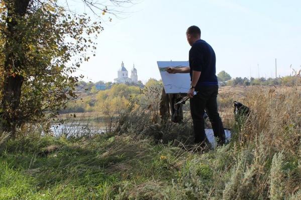 Сергея Пелехова часто можно встретить с этюдником на природе