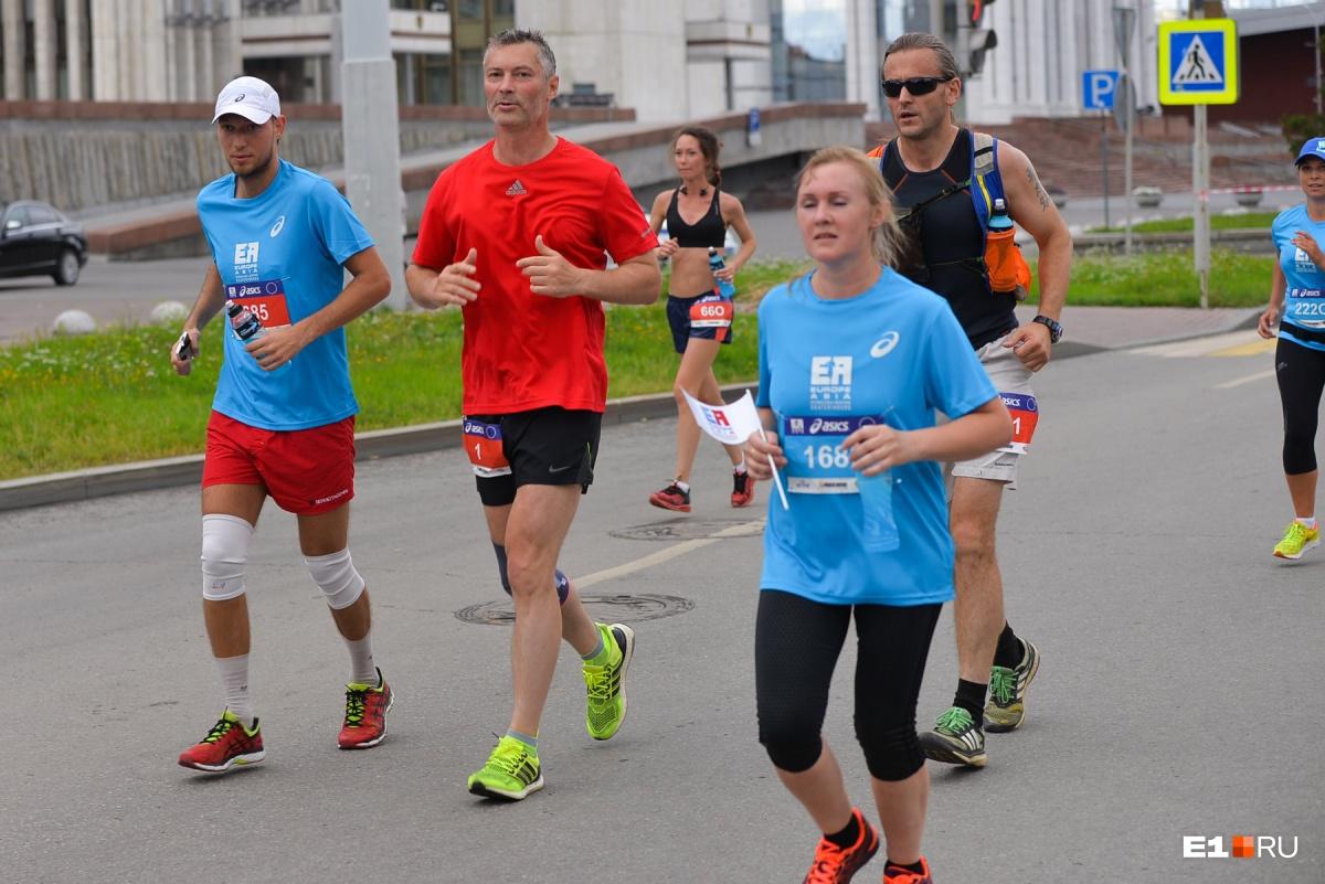 Самый известный марафонец Екатеринбурга — конечно, Евгений Ройзман