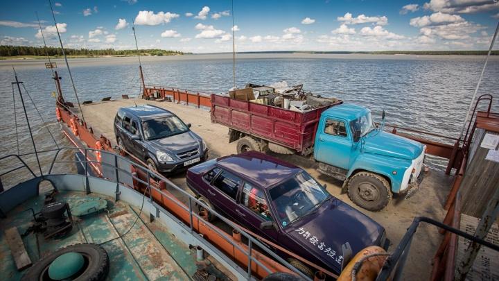 На Обском море заработали паромные переправы