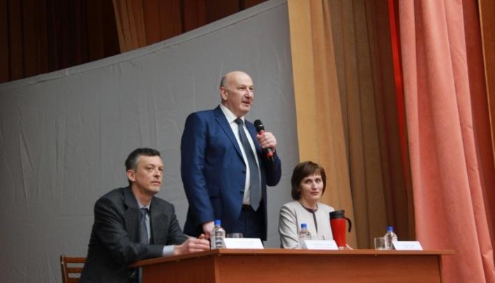 Минздрав уволил ректора медуниверситета Артюхова после обвинений в коррупции