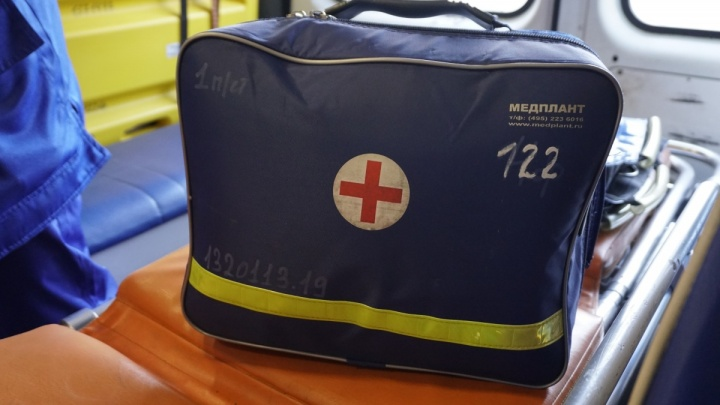 На Луначарского маршрутное такси сбило 16-летнюю девочку