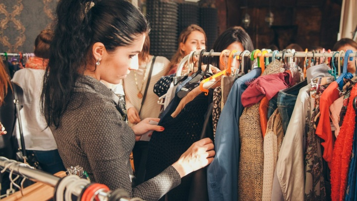 Куда в Тюмени отдать ненужные вещи и одежду: список мест (в некоторых из них еще и деньги заплатят)