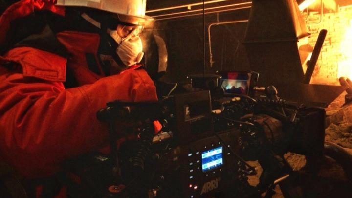 «Под звуки целлофана»: режиссёр из Магнитогорска рассказал, как снимали фильм про горнового
