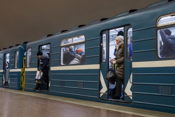 После достройки «Спортивной» власти планируют заняться продолжением двух веток метро