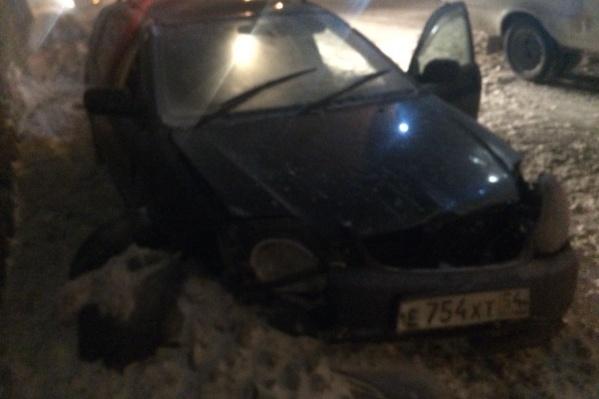 От полученных травм водитель иномарки скончался на месте