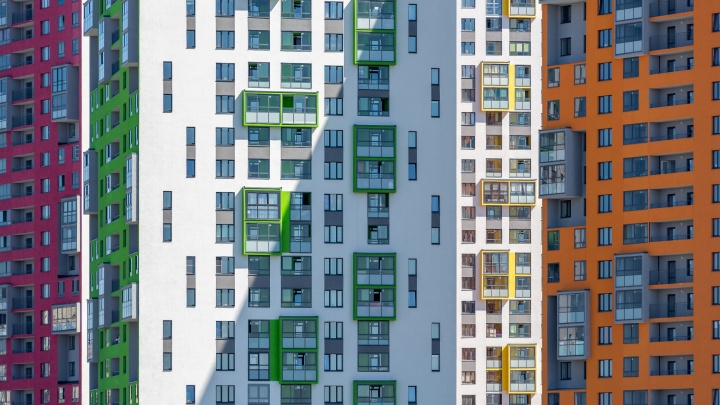 7 лет на него смотрел весь город: гуляем по самому креативному кварталу Екатеринбурга