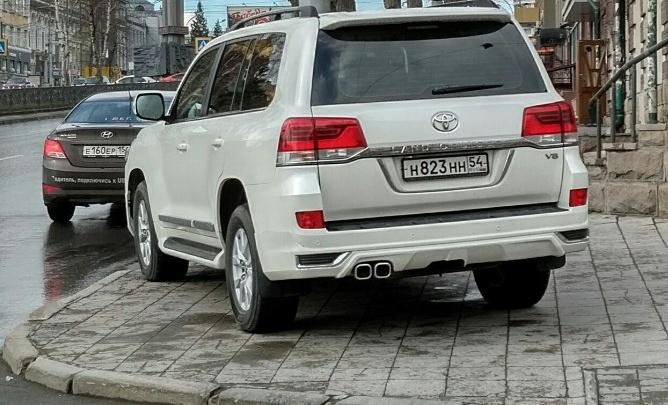 «Я паркуюсь как чудак»: Land Cruiser, ННН, беспредел