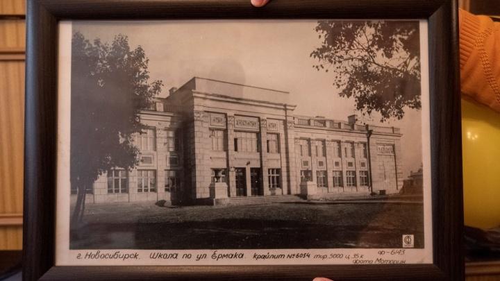 Московские историки вступились за одну из старейших школ Новосибирска, которую хотят снести