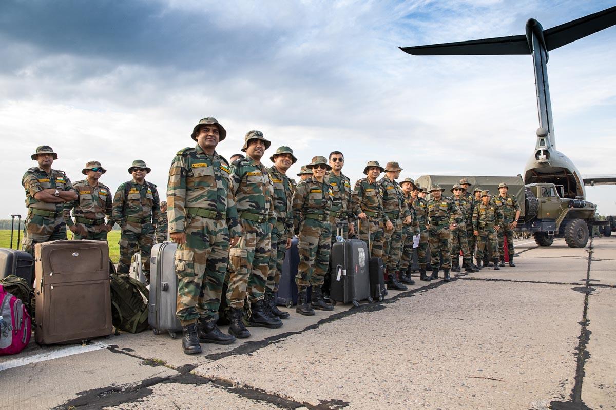 Военные из Индии первыми прибыли на«Мирную миссию»