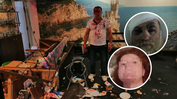 Всё было в крови: в Ярославле Дед Мороз и Снегурочка подрались с хозяином кафе. Фото