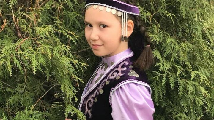 В Уфе 10-летняя девочка спела рэп на башкирском языке