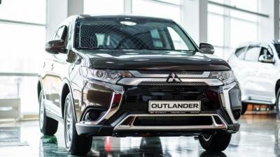 Тюменский автосалон решил продать автомобили Mitsubishi выгоднее на полмиллиона