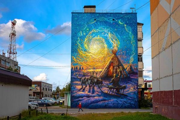 С художником из Казани Дамиром Бозиком «Стенограффия» работает давно