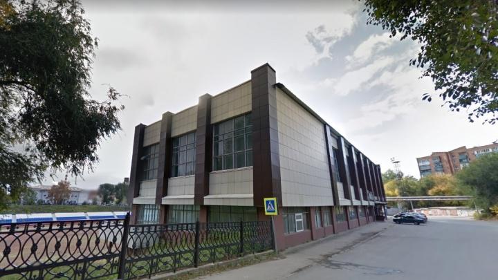 Стадион «Энергия» на Красной Глинке продали футбольному клубу депутата Виктора Воропаева