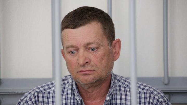 Челябинский облсуд отказался выпустить из-под стражи главврача-депутата, обвиняемого в убийстве жены