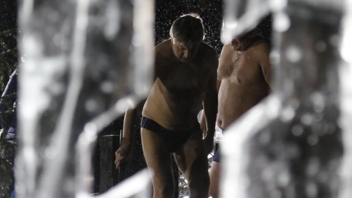 А у вас есть селфи у купели? Крещенское купание в инстаграмах архангелогородцев