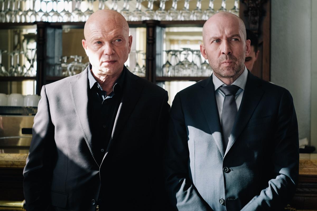 В фильме также сыграли Андрей Смоляков (слева), известный по фильму«Игры мотыльков»