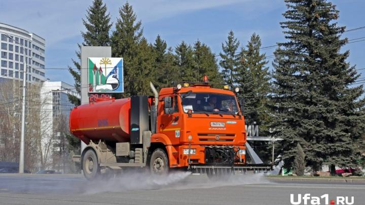 Мэрия Уфы: «Мыть дороги в дождь эффективнее»