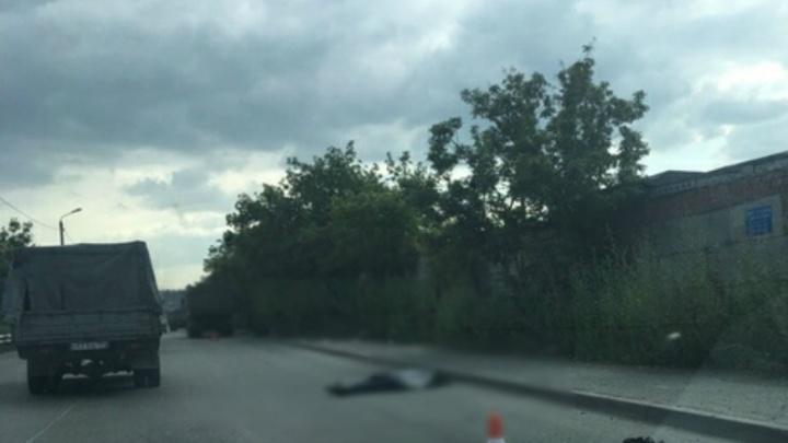 «Отлетел на несколько метров»: на «Меридиане» Land Cruiser насмерть сбил челябинца