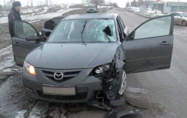 Житель Башкирии за рулем иномарки насмерть сбил пешехода и скрылся