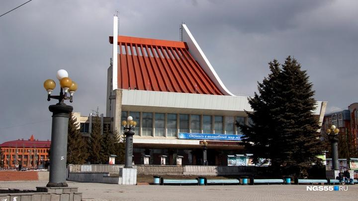28-летняя артистка омского музтеатра убила любовника из-за того, что он не хотел на ней жениться