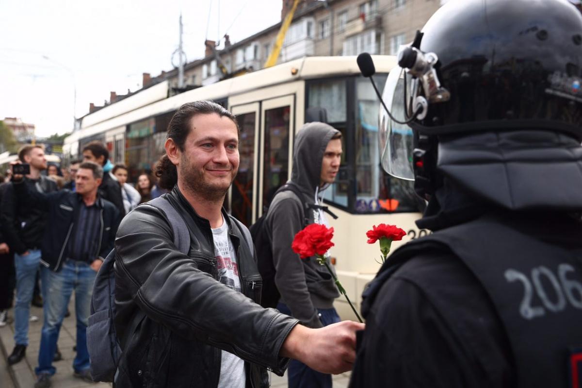Эксперты отмечают, что протестующие сумели вовремя остановиться