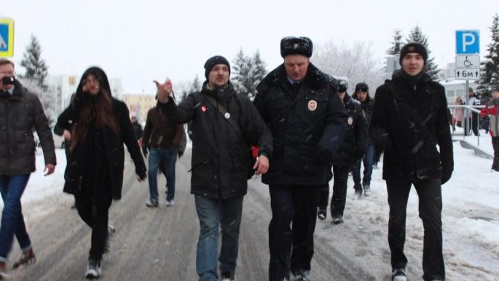 Бывшему координатору архангельского штаба Навального грозит 15 суток