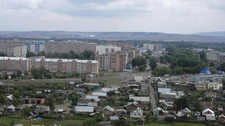 В Башкирии водитель КАМАЗа смял своего помощника, пока они разгружали свеклу