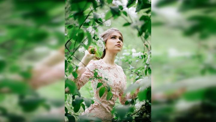 «Возьму с собой 16 платьев и сарафан»: 18-летняя пермячка отправится на конкурс красоты «Мисс Волга»