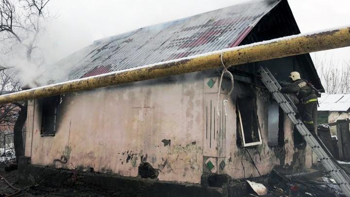 Четыре человека сгорели заживо: в Шахтах увеличилось число погибших при пожаре