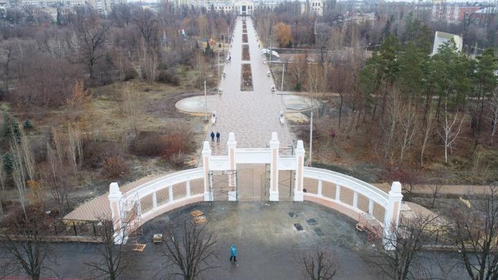 Ледяной плац: в парке Гагарина завершился первый этап реконструкции