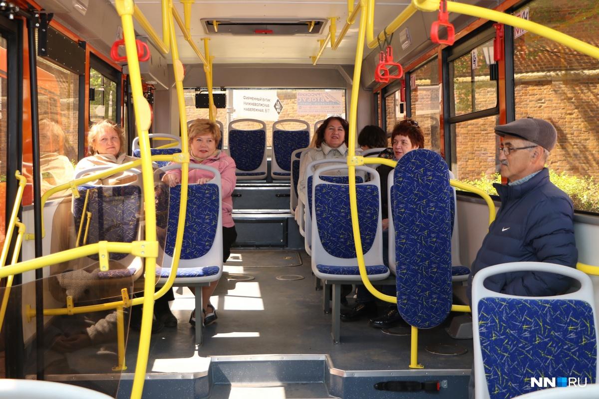По временным маршрутам поедут два автобуса и две маршрутки