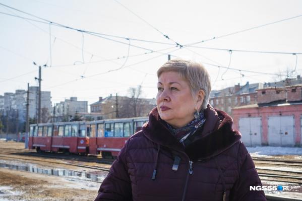 «Голос омского транспорта» Ирина Герлиц любит слушать стук трамвайных колёс