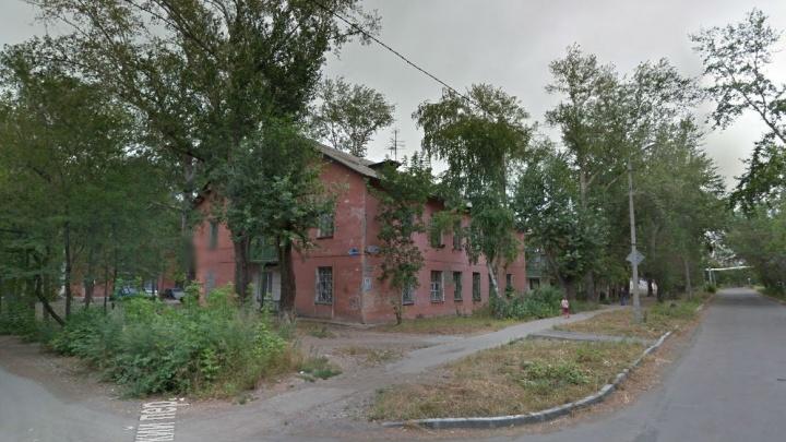 Придётся отдать целый подъезд: застройщику Сельмаша нагрузили старые дома для расселения
