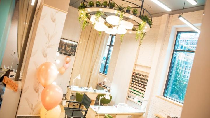 На площади Калинина открылся новый салон красоты: клиенты уходят оттуда с кешбэком
