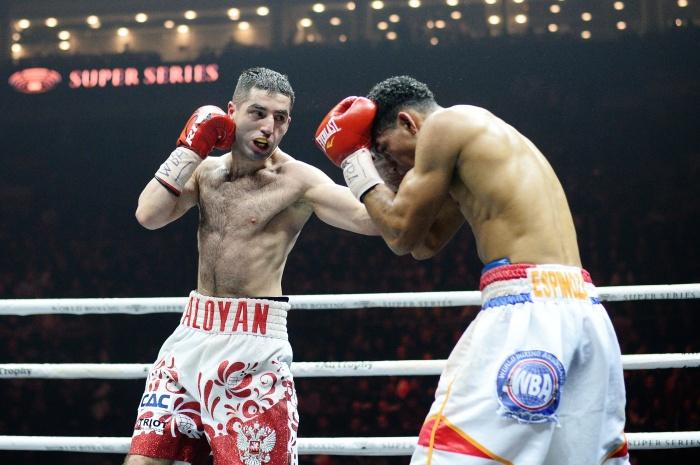 Миша Алоян победил соперника и сохранил титулинтернационального чемпиона WBA