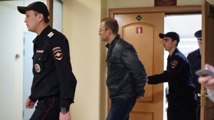 В Омске арестовали полицейского Липина: вспоминаем аварии, которые расследовались под его контролем