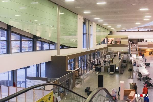 Duty Free заработает на втором этаже за линией таможенного контроля