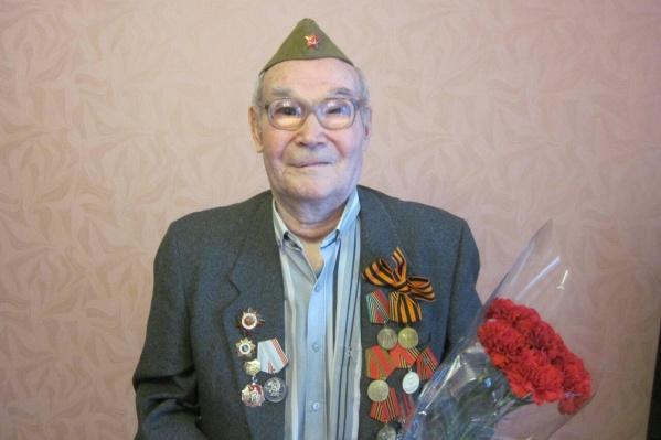 93-летний Ханиф Ситдиков выжил в сражении на Курской дуге, но чуть не умер от побоев зятя