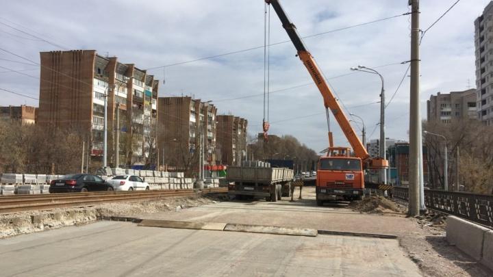 Резинокордовый настил и подушки из песка: чем еще удивит самарцев Заводское шоссе
