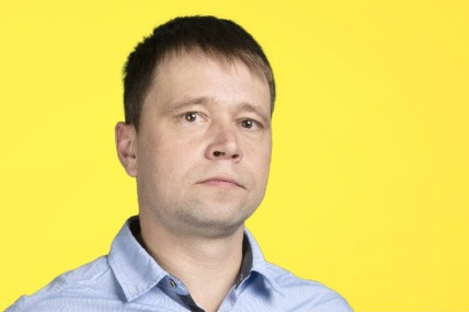 Алексей Морозов купил счастливый лотерейный билет в супермаркете, куда пришёл с семьёй за продуктами