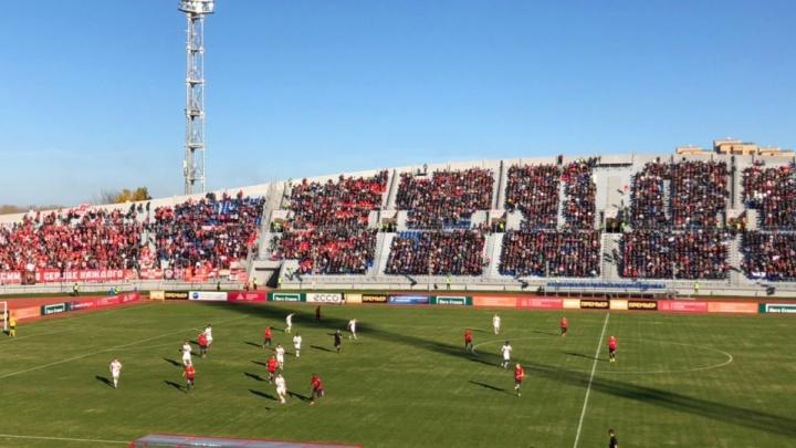 «Спартак» оштрафовали на 130 тысяч рублей за поведение болельщиков на матче с «Енисеем»