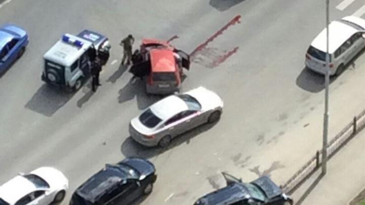 """""""У женщины была перебинтована голова"""": на перекрёстке Саввы Белых и Луганской столкнулись машины"""