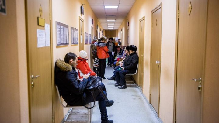 Дмитрий Медведев признался, что правительство рассматривает вопрос о повышении пенсионного возраста