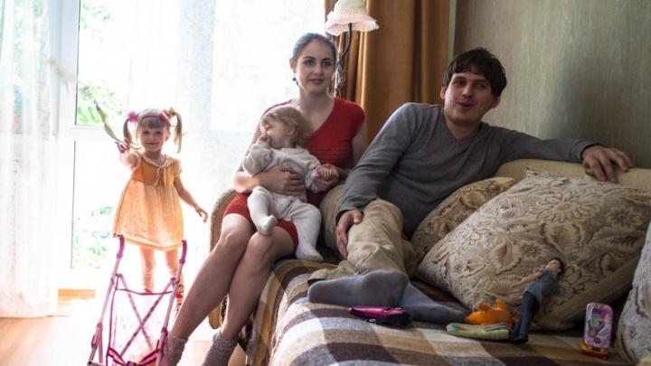 Новосибирский бизнесмен c женой и двумя дочерьми погиб в ДТП с грузовиком на алтайской трассе